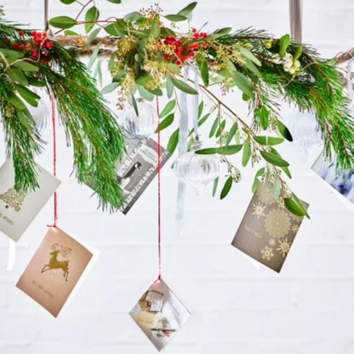 M& Christmas gift shop